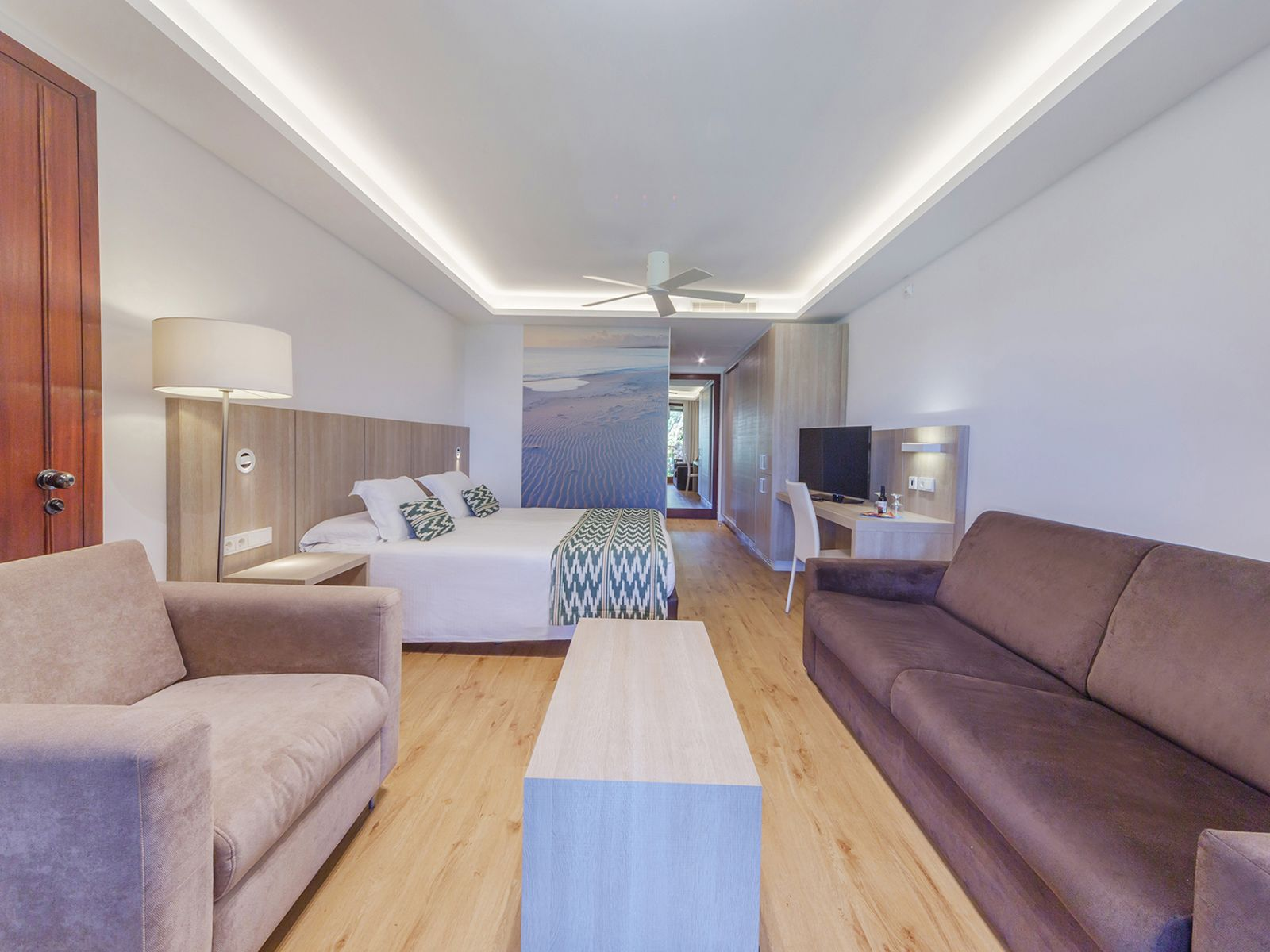 Habitación Village Pure | PortBlue Club Pollentia by PortBlue Hotel Group